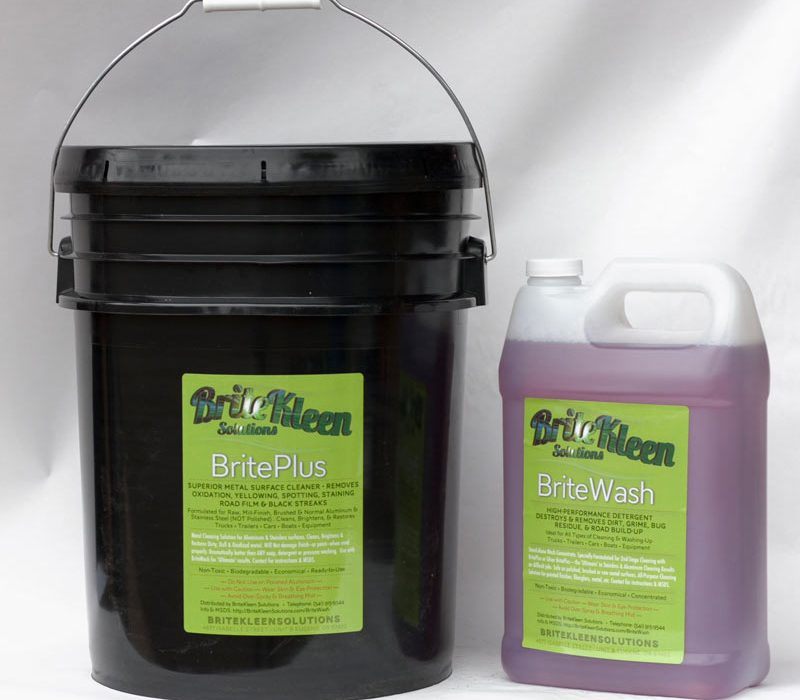 Large combo with five gallons BritePlus and one gallon BriteWash